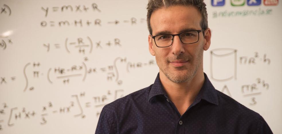 «No pueden perderse vocaciones científicas por no entender una derivada»