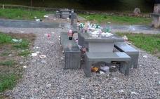 El Ayuntamiento de Astillero lamenta el «botellódromo» en el que se ha convertido la zona de Las Parrillas