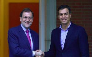 Rajoy cita a Sánchez y Rivera para pactar una respuesta «sin ansiedad»