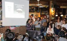 Ciencia junto a la barra de un bar