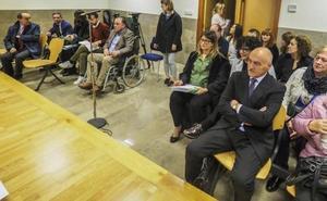 Los oficialistas del PP defienden ante el juez la limpieza del congreso y los críticos dicen que fue un fraude