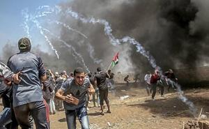 Israelíes y palestinos continúan los enfrentamientos tras el baño de sangre en Gaza