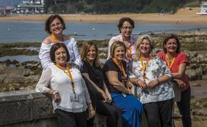Escritores y editores de novela romántica se reúnen en Santander con los lectores