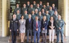 Entrega de medallas y condecoraciones en Cantabria durante la celebración del 174 aniversario de Guardia Civil