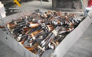 Los propietarios con armas de fuego inutilizadas en Cantabria deberán someterlas a clasificación