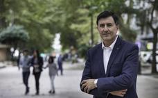 Fernández Mañanes aboga por el diálogo y defiende el calendario escolar