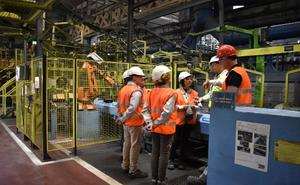 Los Corrales quiere «acercar y hacer visibles» a los ciudadanos fábricas como Nissan