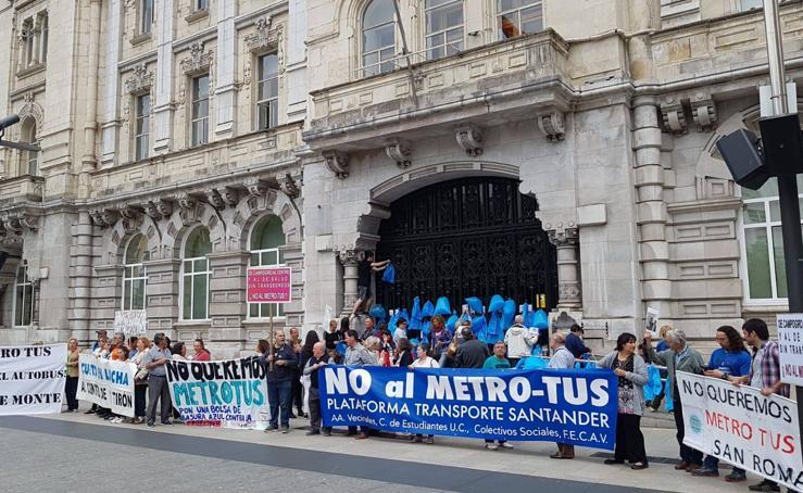 Nueva concentración contra el MetroTUS