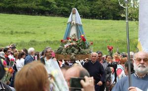 Cientos de fieles celebraron La Rosa en Montesclaros
