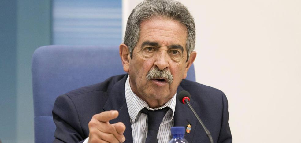 Revilla confía en que «no se paralicen» las inversiones de Fomento en la región