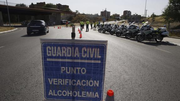 Control de alcoholemia de la Guardia Civil/