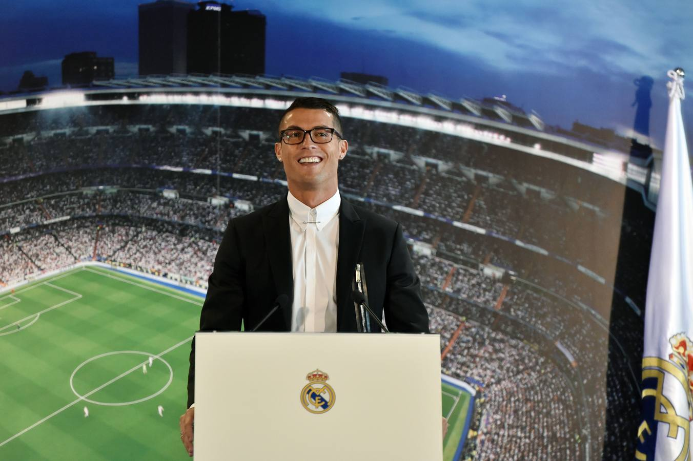La renovación de Cristiano, en imágenes