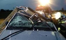 Un conductor bebido se empotra contra un poste de la luz en Güemes