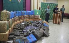 Un narco de Parbayón conduce a un alijo de cuatro toneladas