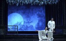 'La noche mágica' de Santander da la bienvenida a 'Madame Butterfly'
