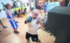 El boxeo 'pega' fuerte en Santoña