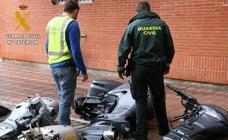 La Guardia Civil desmantela un grupo criminal dedicado a robar motores fueraborda
