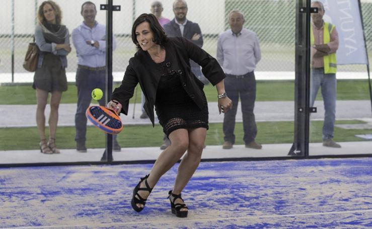 Gema Igual inaugura las nuevas instalaciones de padel en La Albericia