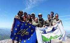 Universitarios de Ávila se empapan de medio ambiente en Cantabria