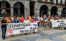 La oposición de Castro se une contra el servicio a demanda del Castrobús