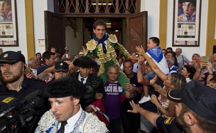 Ginés Marín hace sombra a Ponce y Cayetano en el último festejo de Santander