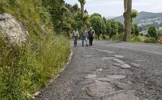 La maltrecha carretera de La Montaña será por fin reparada