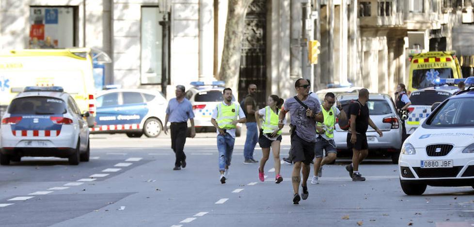 «Oímos un derrape y luego vimos a la gente correr»
