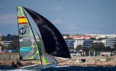 Sin competición en el Mundial de 49er, pero esta vez por exceso de viento
