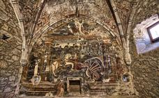 Doce templos y doce murales protegidos