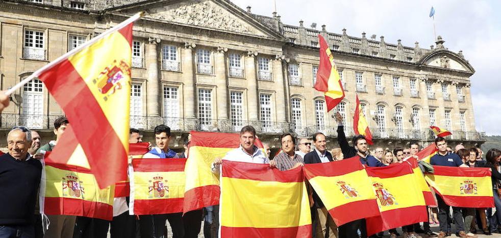 Manifestaciones en contra y a favor del referéndum en muchas ciudades de España