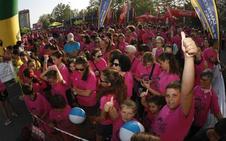 Marea rosa contra el cáncer de mama en Bezana