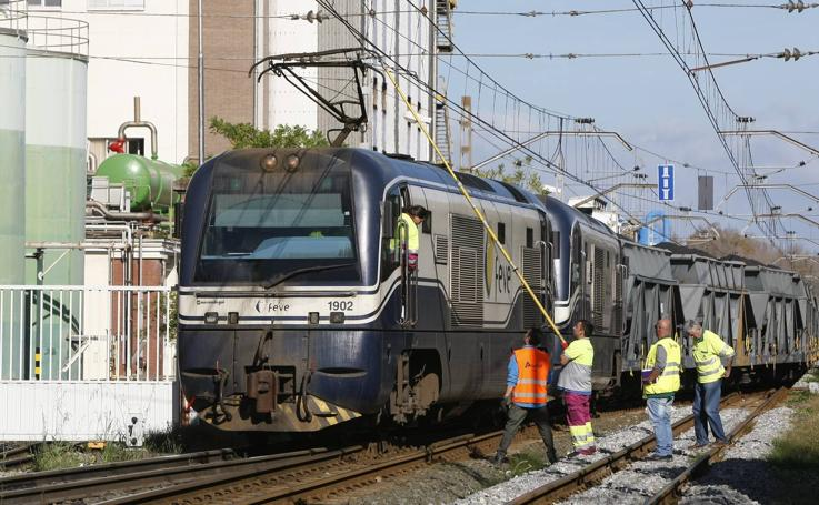 Tren enganchado en Barreda