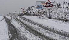 El temporal deja una treintena de incidencias en las carreteras