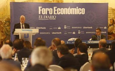 «La economía va bien pero no hemos aprovechado la crisis para hacer ajustes y salir con fuerza»