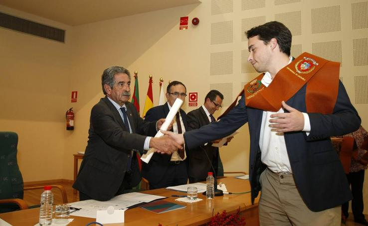 La Escuela de Minas de Torrelavega honra a Santa Bárbara, su patrona