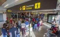 Crece un 39% el número de pasajeros en el Seve Ballesteros respecto a noviembre del año pasado