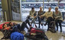 Otra avería deja tirados a 170 pasajeros en el Seve Ballesteros más de seis horas