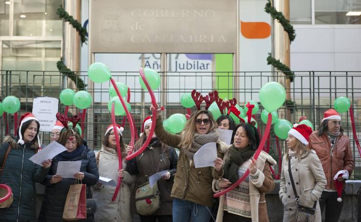 Protesta de los trabajadores del CAD de Sierrallana