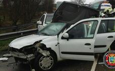 Un herido en un accidente ocurrido en la carretera que va de Hoznayo a Villaverde