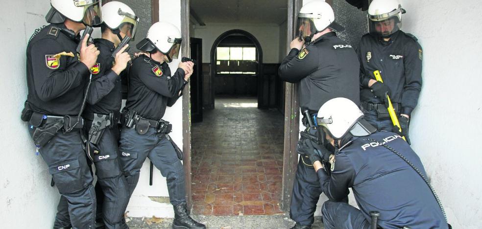 Cantabria ha perdido 190 policías y guardias civiles, uno de cada diez efectivos, desde 2011