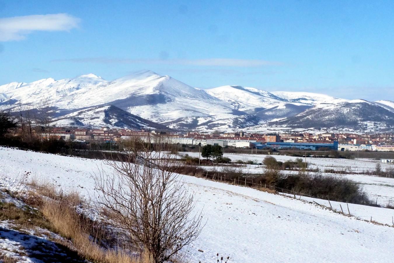 El interior de Cantabria se viste de blanco