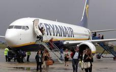 El aeropuerto gana 160.000 pasajeros durante 2017 y vuelve a acercarse al millón