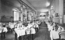 Los muebles del Hotel París, a los museos