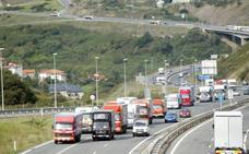 El transporte cántabro interpone más de 250 demandas contra el cártel de los camiones