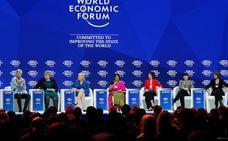 Davos pone a las mujeres al frente pero siguen mandando los hombres