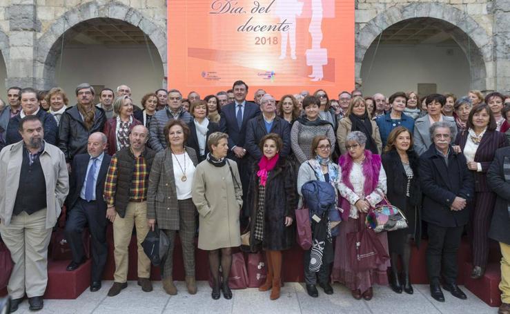 Celebración del Día del Docente en el Parlamento de Cantabria