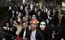 Máscaras, disfraces, alegría y... ¡a desfilar!