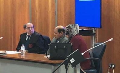 Condenado a 20 años por estrangular a su hermana con el cable de una plancha