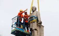Revilla pide a Colau que ceda a Cantabria el monumento del marqués de Comillas