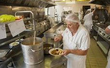 Los pacientes de Valdecilla ya pueden elegir el menú de sus comidas y cenas